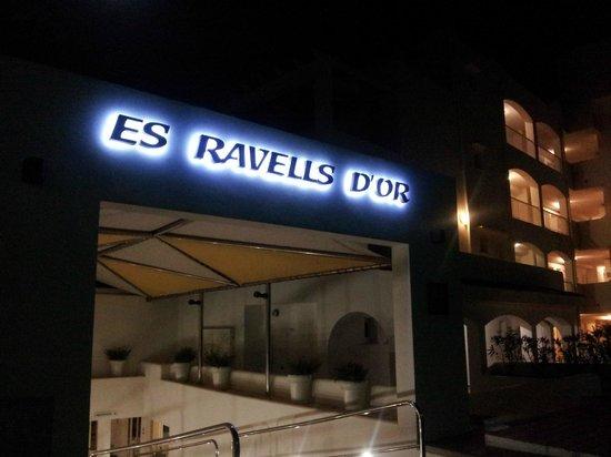OLA Apartamentos Es Ravells D'Or: entrance