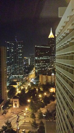 Hyatt Regency Atlanta: Night view from 19th floor