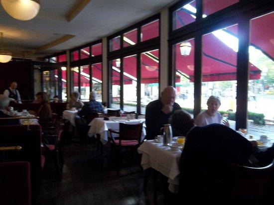Hotel Bristol Berlin: No café da manhã...