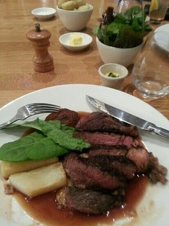 Royal Mail Dining Room: Rump steak served with greens and square cut roast potato