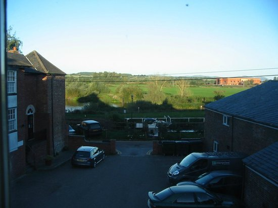 Tudor House Hotel: View from Room No 1