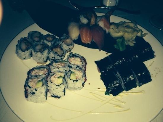 Basho: sushi combo