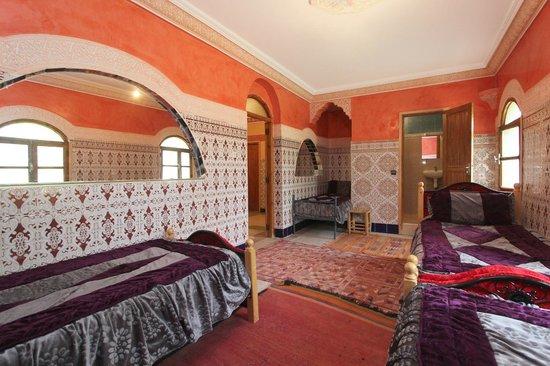 Auberge Iminouasif : quadtriple room