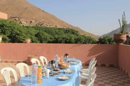 Auberge Iminouasif : views from terrace
