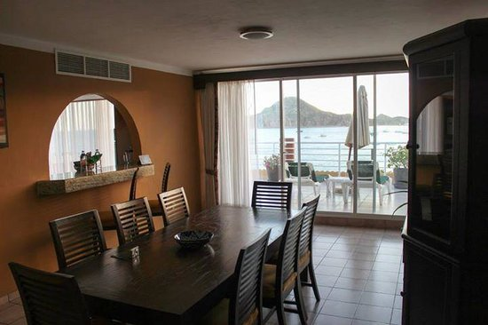Villa del Palmar Beach Resort & Spa Los Cabos: 3 bedroom suite Dinning room