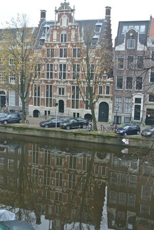 Keizersgracht Residence: View from the apartment window