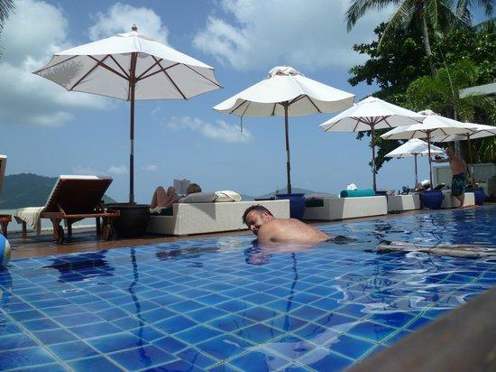 Serenity Resort & Residences Phuket: The pool again