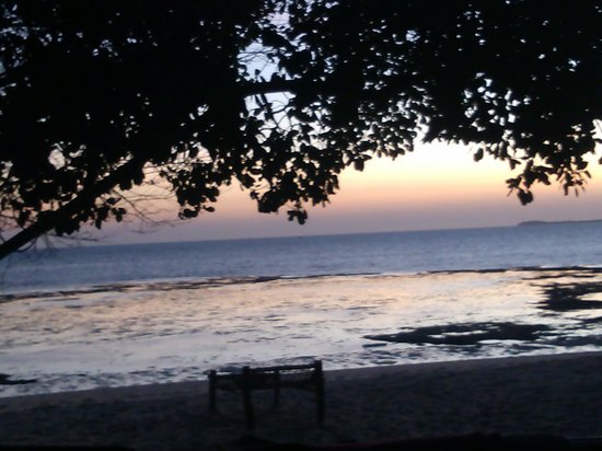 Chapwani Private Island: Beach view from out veranda