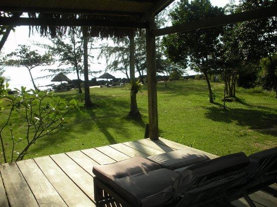 Mango Bay Resort: Vue depuis la terrasse de notre chambre