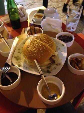 Nam Nam: Burger de Salmón