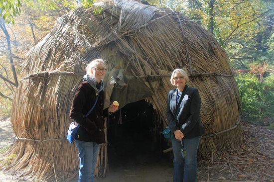 Plimoth Plantation : Wampanoag Homesite