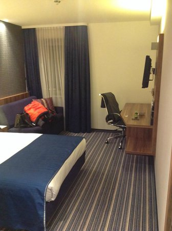 Holiday Inn Express Hamburg City Centre: Viel Platz und ruhig