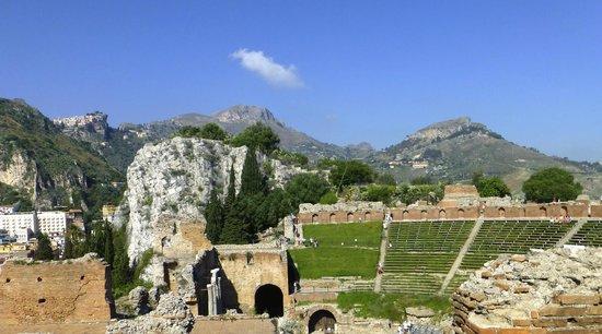 Greek Amphitheater: Greske teateret. Taormina
