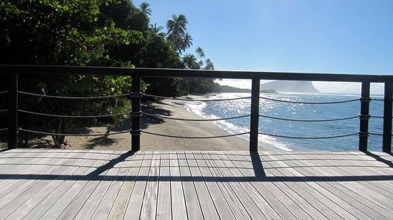 Aga Reef Resort: View from deck