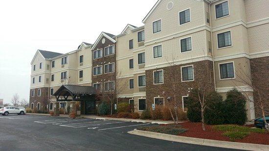 Staybridge Suites Davenport : Outside - Front