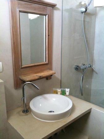 Can Aisha: Banheiro