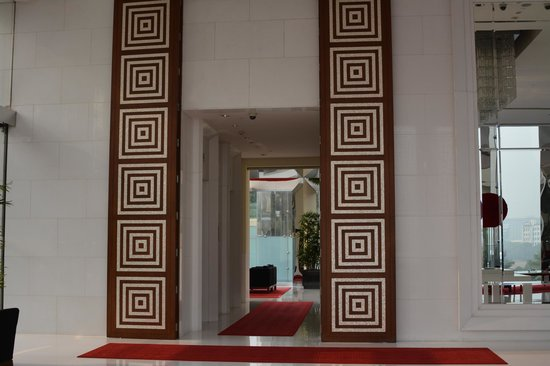 The Oberoi, Gurgaon: Lobby