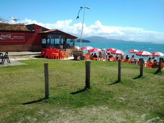 Terra Santa Restaurante: dia de sol