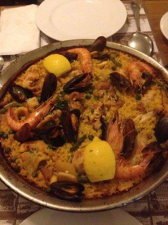 Centra: Paella valenziana