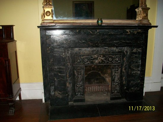 Sorrel Weed House: fireplace