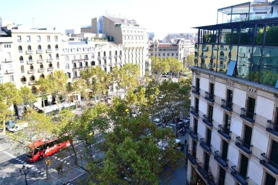 Condes De Barcelona : VISTA DESDE EL HOTEL