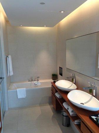 RIVA - Das Hotel am Bodensee: Badezimmer
