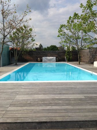RIVA - Das Hotel am Bodensee: Rooftop Pool