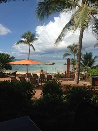 Aulani, a Disney Resort & Spa: View from pool area