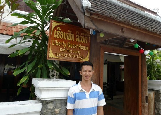 Global Guesthouse: Mr Minh at the Liberty guest house