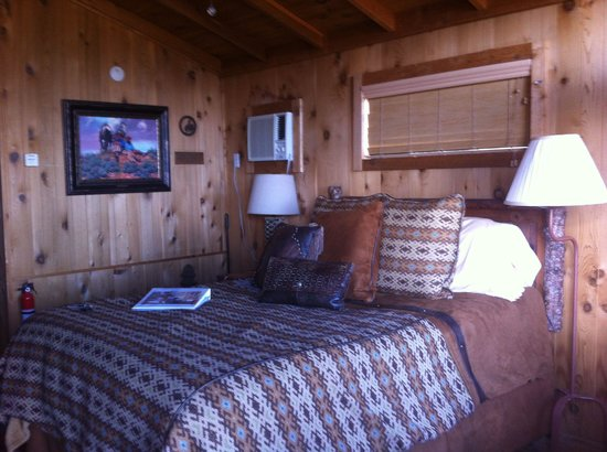 Cabins at Red Rock : The cowboy cabin