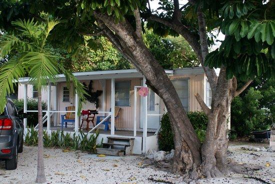 Tropical Cottages: Cottage 1