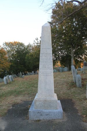 Burial Hill : William Bradford tombstone