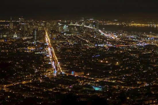 Silver Lion Service - Private Tours : Skyline from Twin Peaks