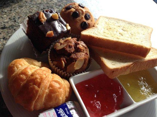 Vogue Resort & Spa Ao Nang : Breakfast
