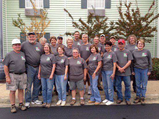 Centerstone Inn: HFHFC Disaster Relief Team #16