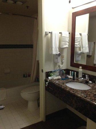 Comfort Suites San Diego Miramar: Bathroom