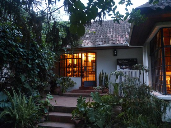 Shangazi House: A warming welcome from outside