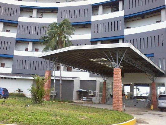 Best Western Cebu Sand Bar Resort: entrance