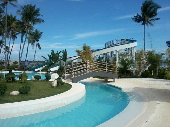 Best Western Cebu Sand Bar Resort: slides