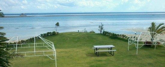 Best Western Cebu Sand Bar Resort: view from garden
