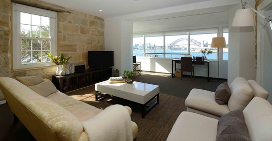 Balmain Wharf Apartments : Views of Sydney Harbour Bridge from inside the Shipwright Suite