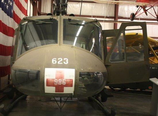 Virginia Aviation Museum : Huey