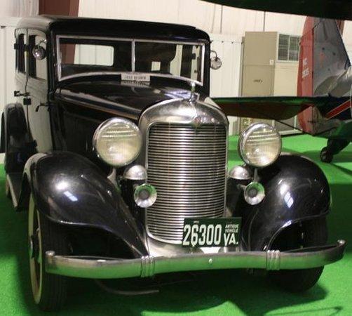 Virginia Aviation Museum : 1932 DeSoto