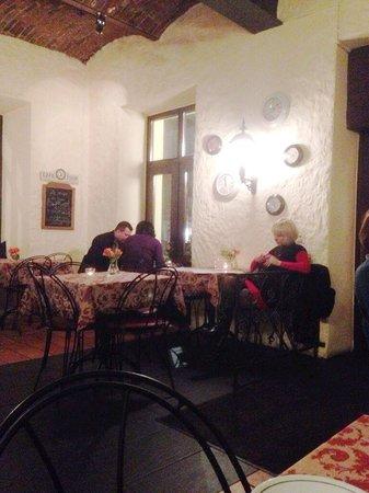 Zazie Bistro : Old style dining