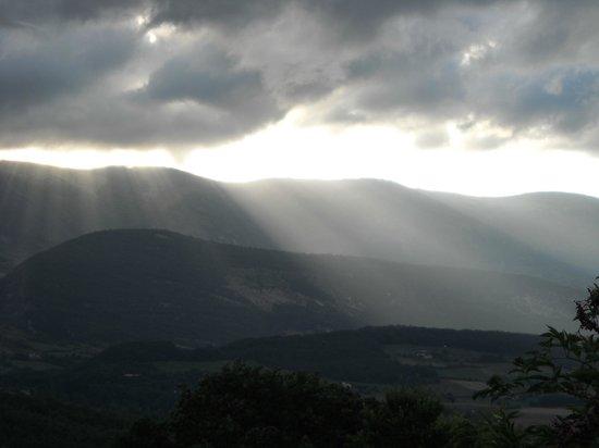 Yelloh! Village Le Couspeau : Le ciel, les nuages, quelle vue !