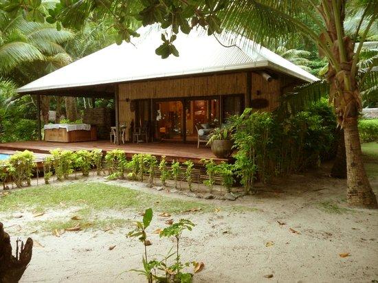 Qamea Resort And Spa Fiji Royal Beach House Behind