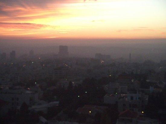 Four Seasons Hotel Amman : 6am sunrise over Amman from room 1412