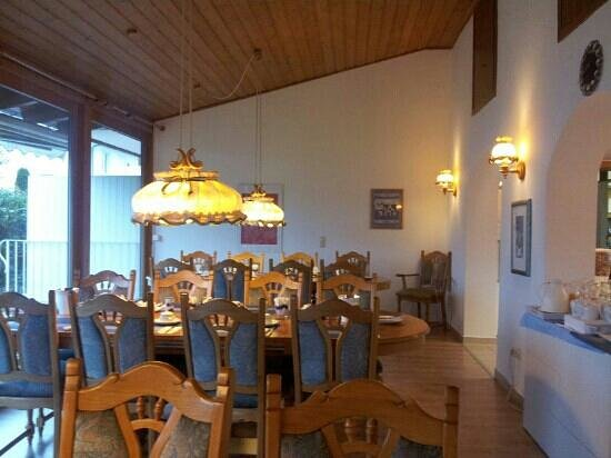 Abendruhe Hotel Garni : La sala per le colazioni.