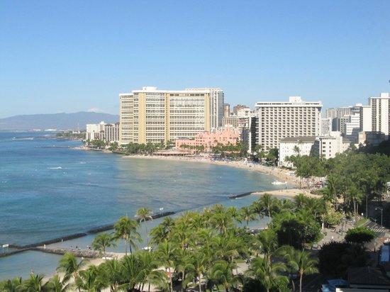 Aston Waikiki Beach Hotel: View from queen suite