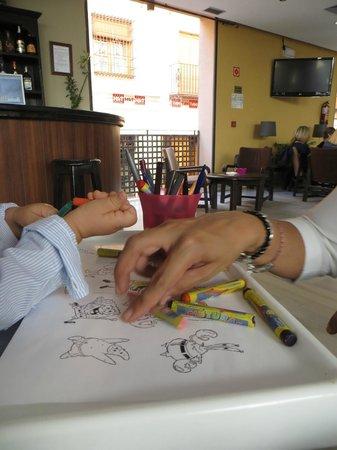 TRH BAEZA: cafetería